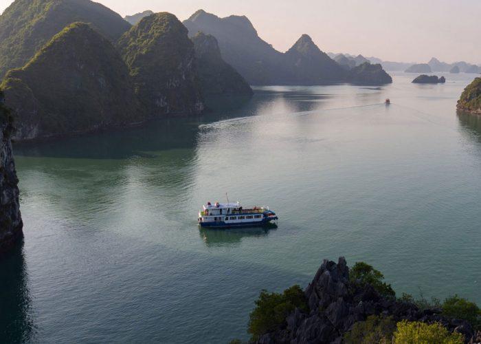 Estella cruise - Halong bay luxury day tour