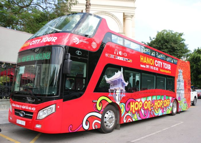 Hanoi Hop-on Hop-off 24-Hour Bus Tour with Live Commentary